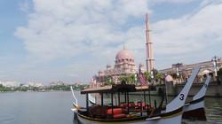 Putrajaya cruise