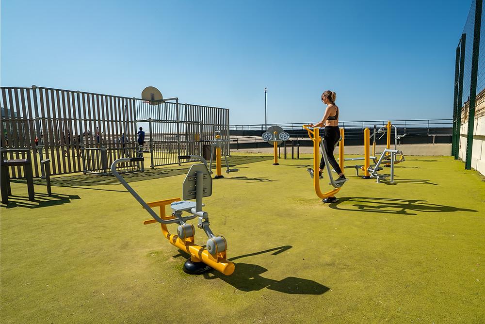 aire fitness extérieur tréport rameur marcheur vélo elliptique