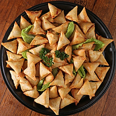 Platter - Full Snack Tray Mini Samosas