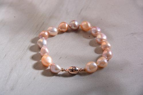 Colored Pearl Bracelet