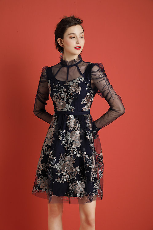 Kylie Embroidery Delicate Dress Blue