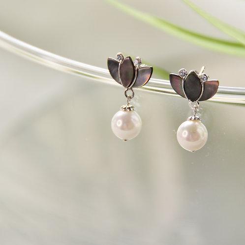 Grey Lotus with Pearl Earrings