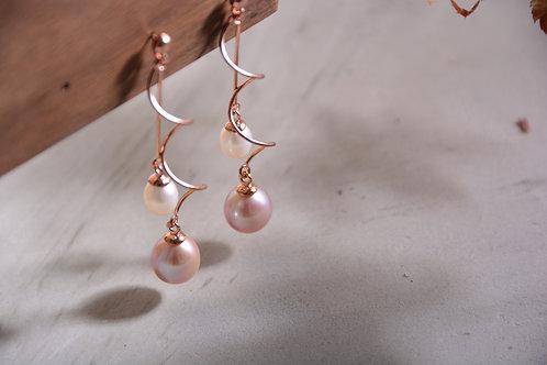 Whirl Pearl Dangling Earrings