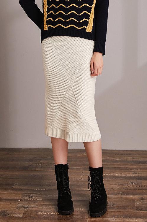 Hexagon Slimfit White Knit Skirt