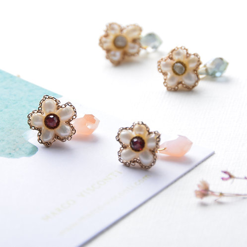 Peach Stone Pearl Flower Earrings