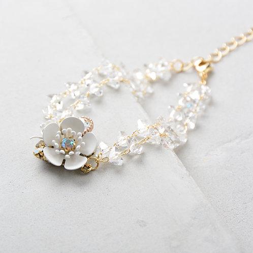 Flower on Beads Bracelet