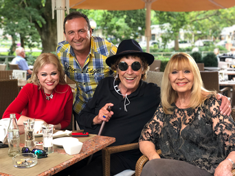 Jennah Karthes mit Tommy Precht, Tony Marshall und Cindy Berger in Baden-Baden