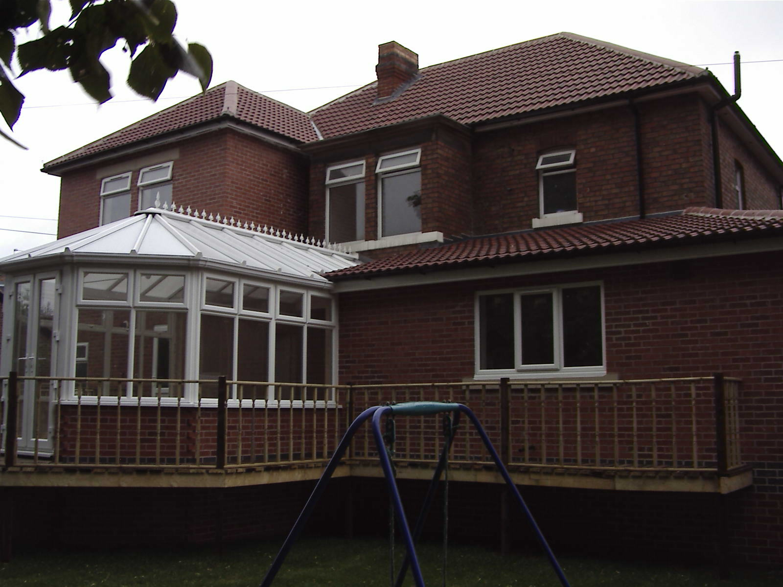 20 Empress Rd side view of conservatory 2005