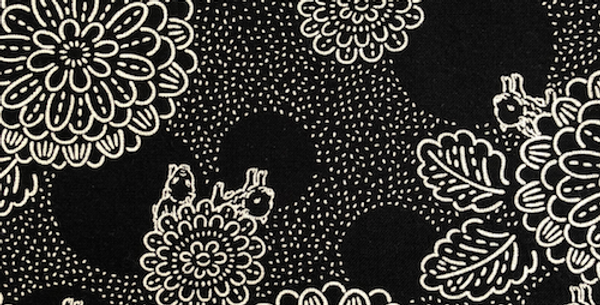 Takumi Fabric Chrysanthemums and piglets Black 5m 18N-2A