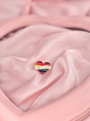 LOVE IS LOVE - PIN