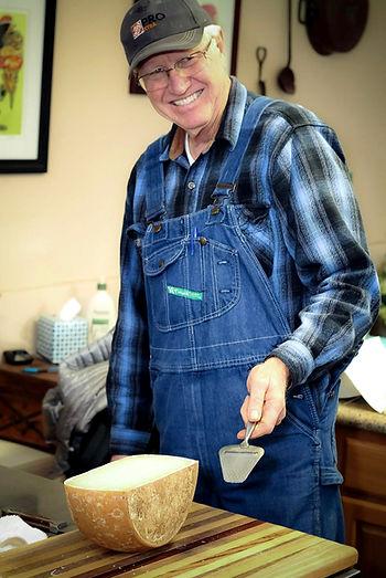 Lee Cutting cheese.jpg