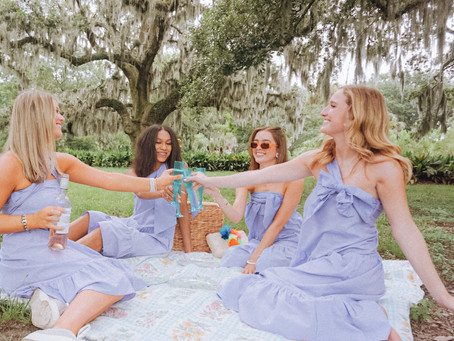 Molly's Monday Mood Board: Picnicking in the Park