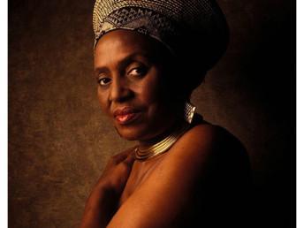 Miriam Makeba… Cantante y activista por los derechos humanos