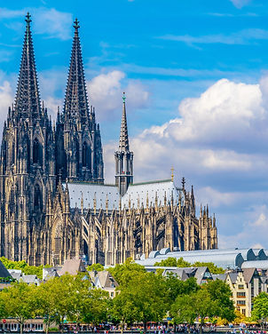 Detail of the cathedral in Cologne, Germany.jpg