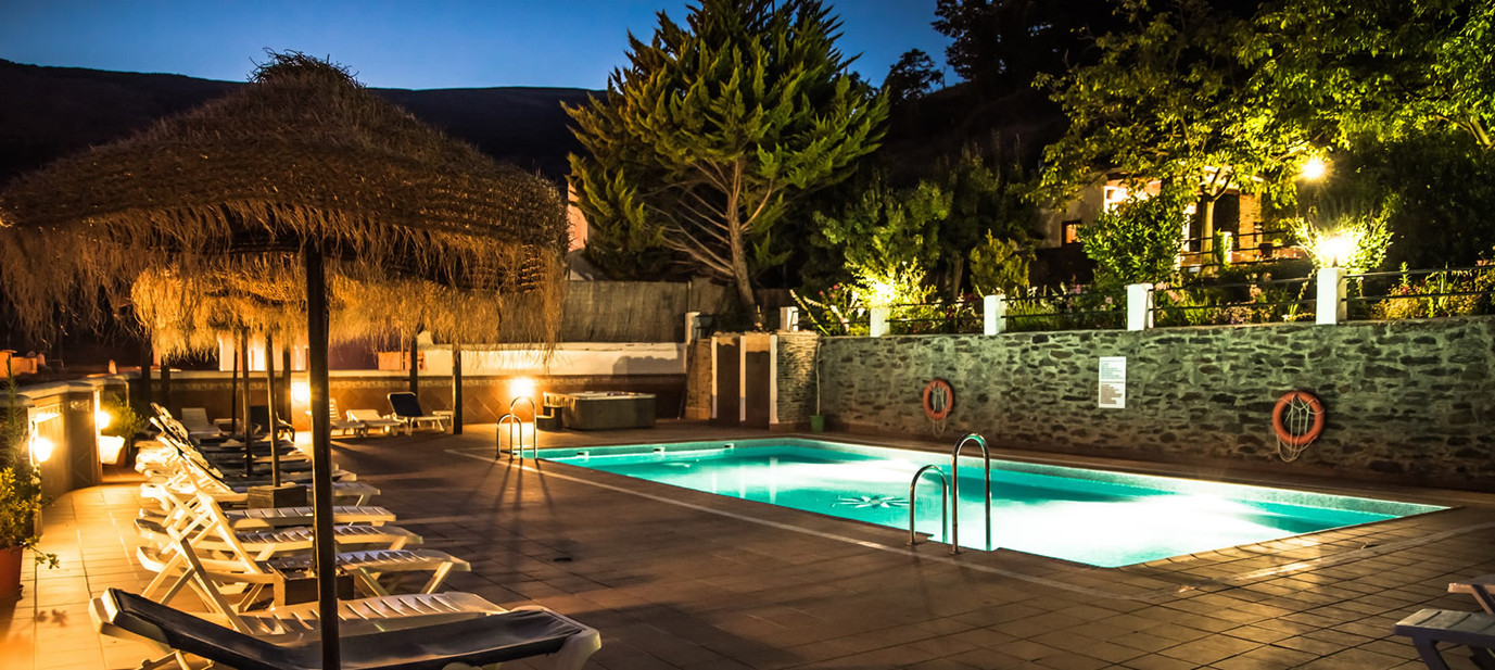 Hotel Finca los Llanos basseng.jpg