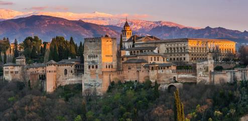 Alhambra–Granada_Spania_eksteriør-1170x5
