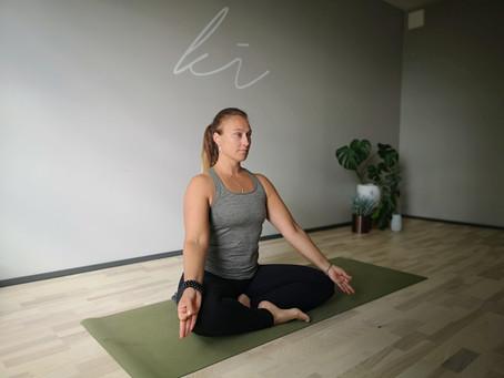 Yin Yoga for Sommer - Hjerte og Tynntarm meridianer