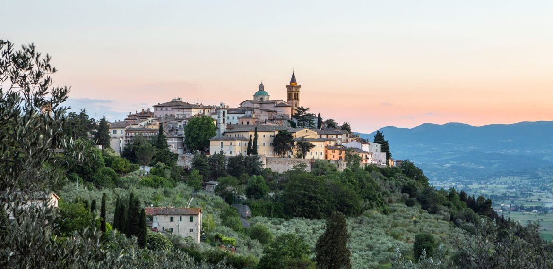 Italia-Trevi-Umbria-1170x570.jpg