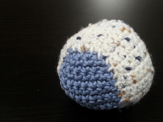 How-To Crochet A Ball | Two Colours