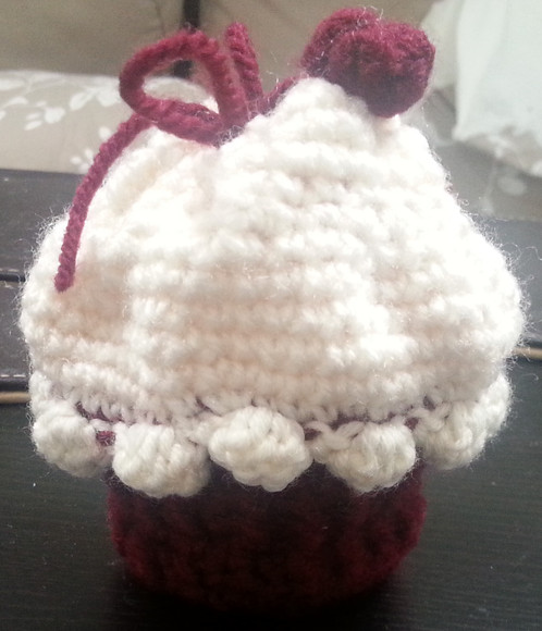Crocheted Cupcake Pouch
