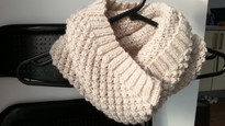 Knitted Cowl | Trinity Stitch