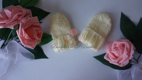 Newborn Mittens | Worked Flat