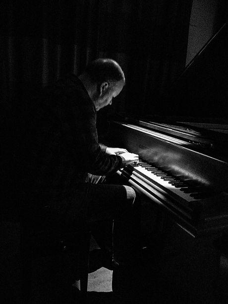 Steve-Cluny-Piano.jpg
