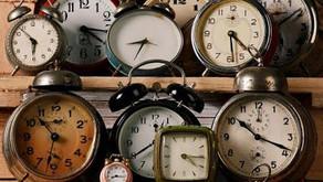 """""""Há um tempo para cada coisa"""". (Ecl 3,1)"""