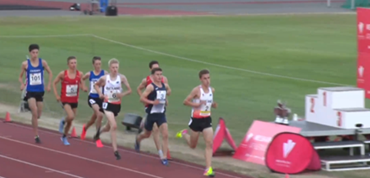 Jackson Mountford (6th) early in the race