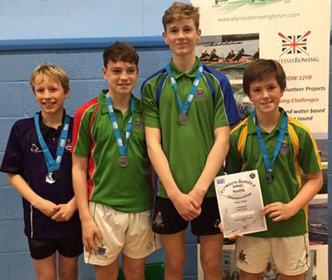 160129 Rowing team