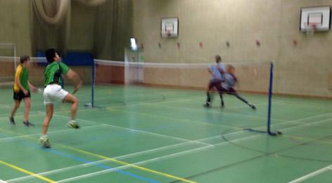 161125-badminton