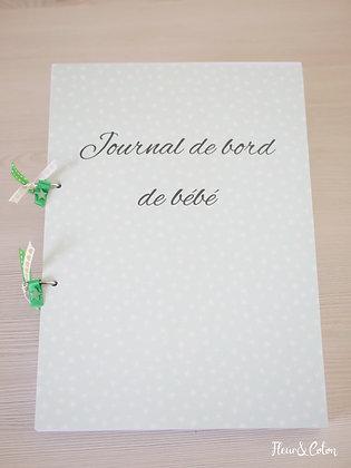 Journal de bord de bébé vert