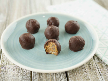 Bourbon Truffles (Low Carb, No Bake)