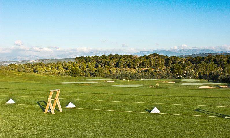 golf-son-gual-mallorca-driving-range.jpg