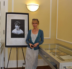 Actress Lisa Williams with display