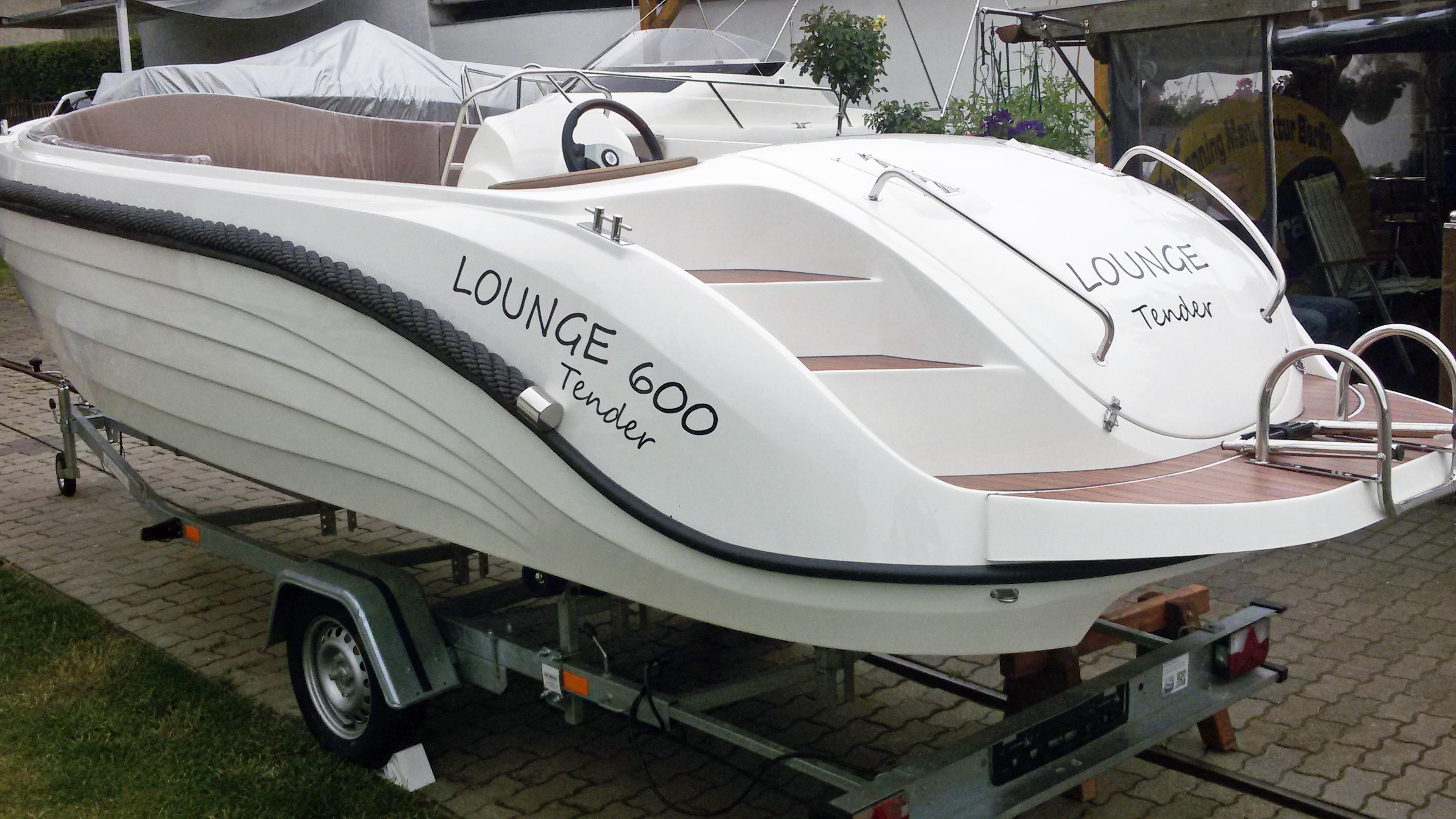 Lounge 600 Tender-26