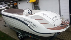 Lounge 600 Tender-5