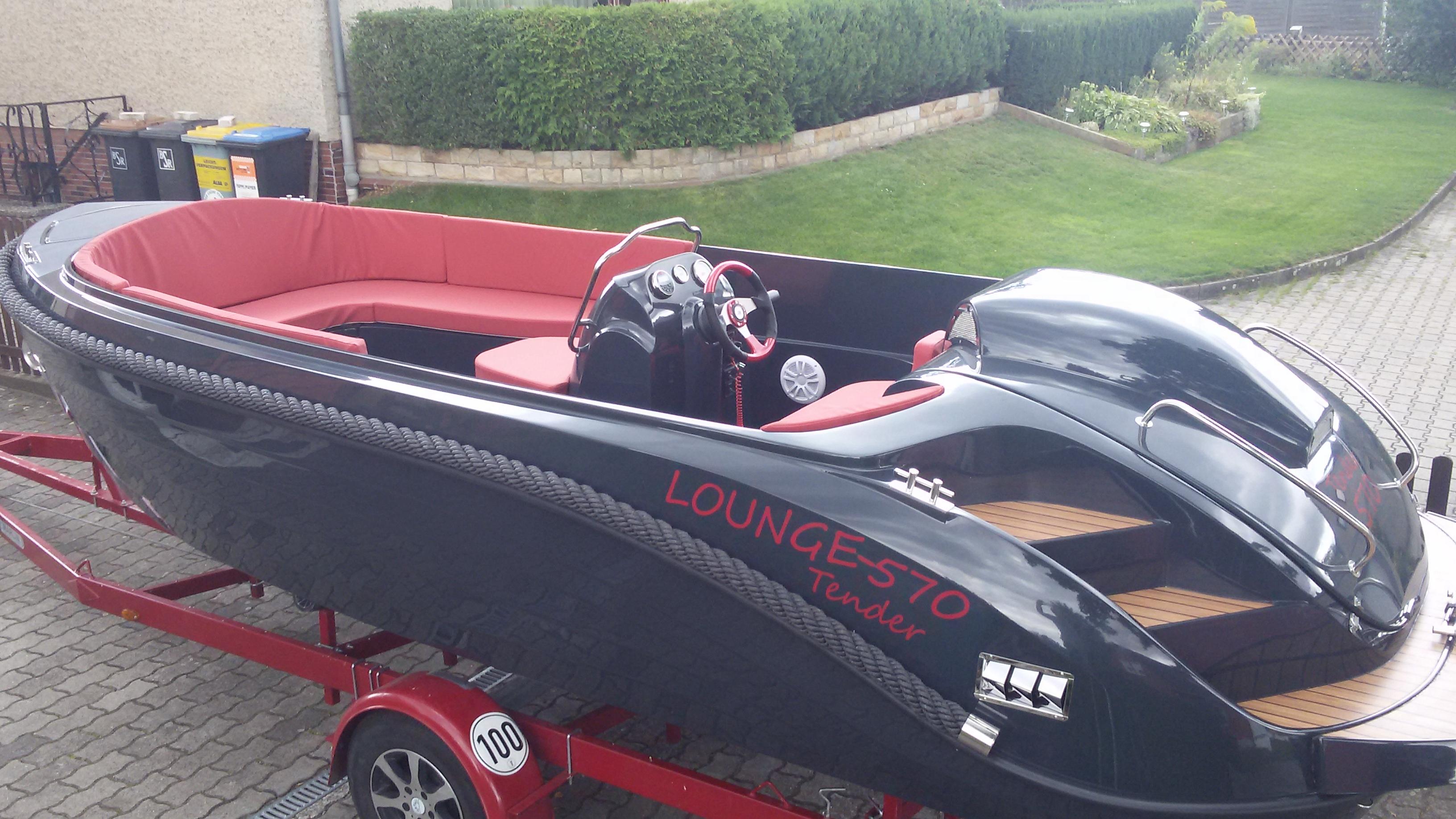 Lounge 600 Tender-17