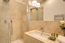 PANTHEONVIEW CLASSIC SUITE 4.jpg