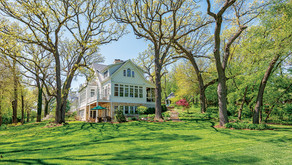 ONLINE AUCTION | New England-Style Glen Ellyn Estate will Sell No Reserve to the Highest Bidder