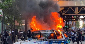 MANY LEFT SPEECHLESS | Riots, Destruction, Violence Against Police In Chicago Saturday Night