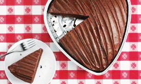 """HEARTSHAPED CAKES 
