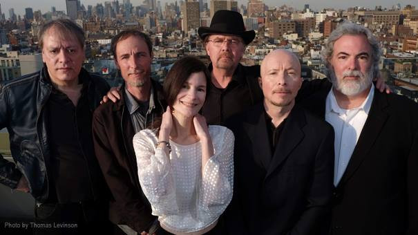 10,000 Maniacs, Naperville North Central College