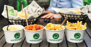 WAHLBURGERS OPENING DAY | Opening of St. Charles Restaurant Has Residents Excited