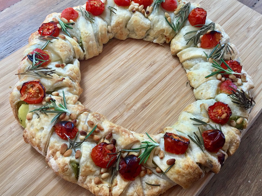 Spinach and Potato Pastry Wreath