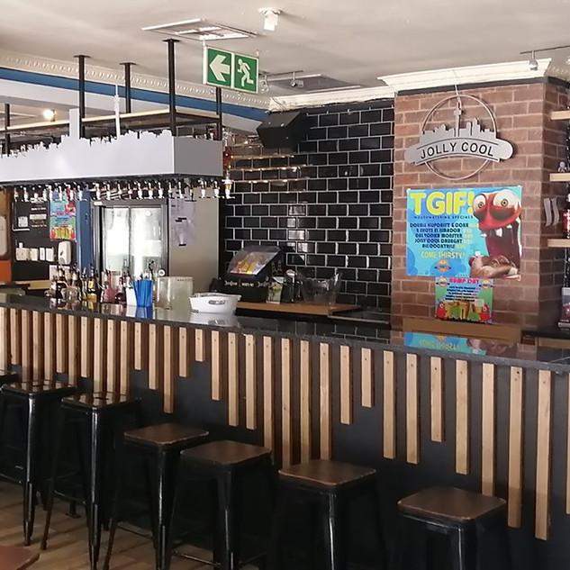 Jolly Cool Bar Parkhurst