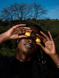Yolande with dates (out-take from Manna project).