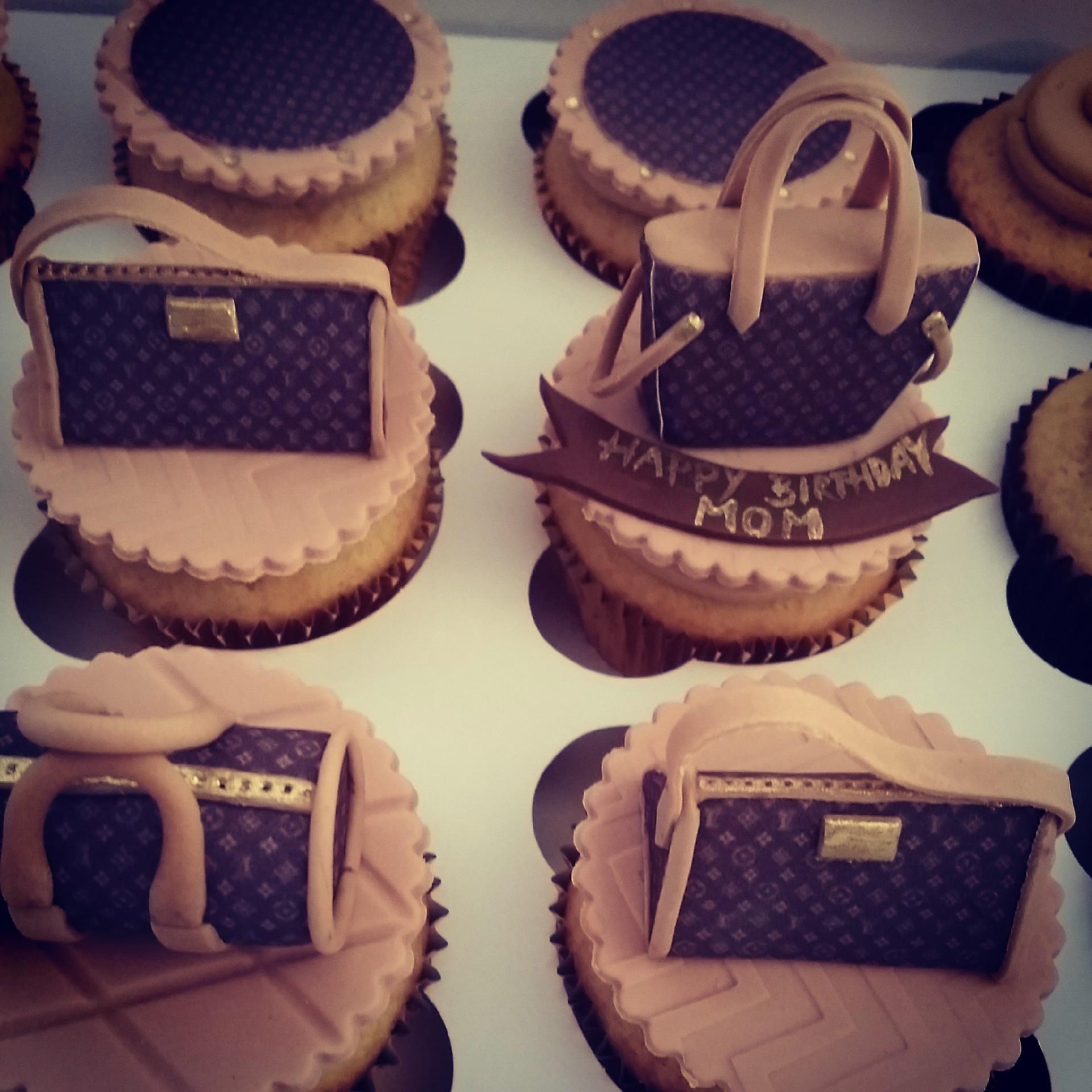 Custom Handbag Cupcakes