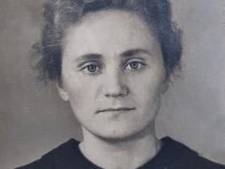 Светлой памяти Эльвиры Николаевны Кудрявцевой