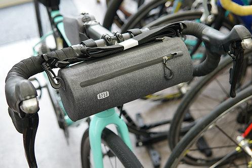 R250 防水フロントバッグ